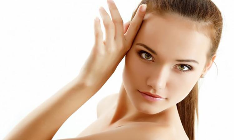 چگونه پوستی صاف و بدون جوش داشته باشیم؟