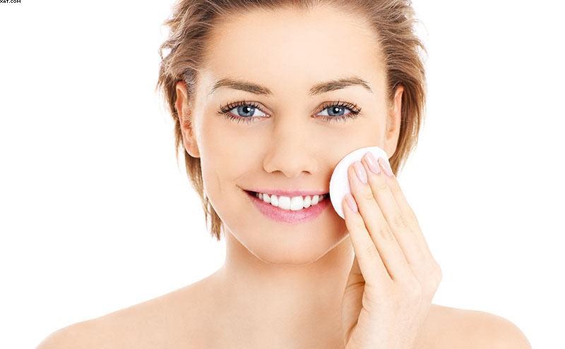 راه های کنترل چربی پوست