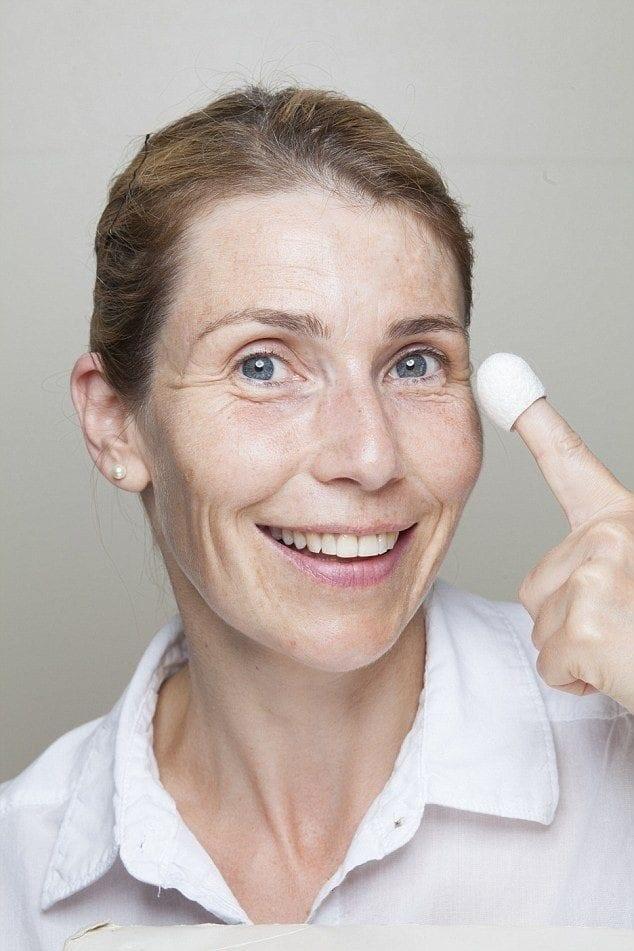 پیله کرم ابریشم برای پوست